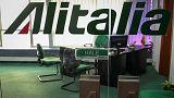 Alitalia under fresh pressure to axe 2,000 jobs