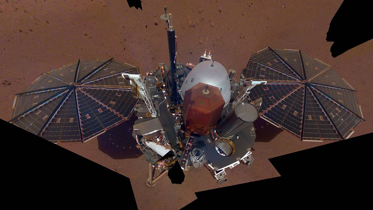 Image:NASA InSight's first selfie on Mars in a photo made available on Dec.
