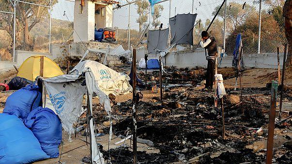 Yunanistan: Göçmen kampında yangın 2 can aldı