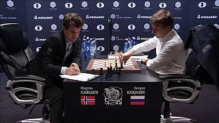 World Chess Championship: Carlsen outclasses Karjakin in Game 10