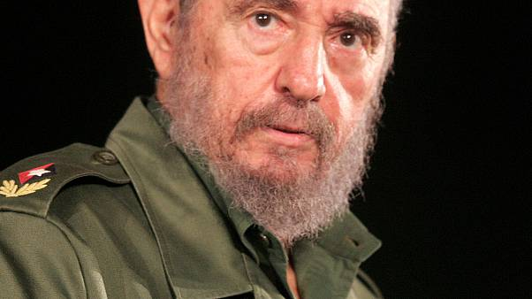 Fidel Castro morre aos 90 anos