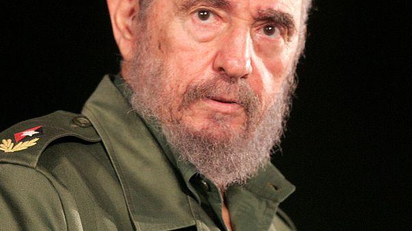 Raúl Castro confirma la muerte de su hermano Fidel