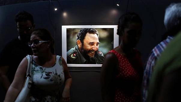Küba'nın efsanevi lideri Fidel Castro hayatını kaybetti