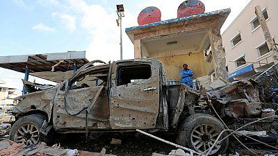 Suspected car bomb blast kills 10 in Somali capital Mogadishu