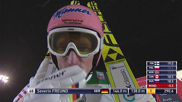 Северин Фройнд выиграл этап по прыжкам с трамплина в Руке