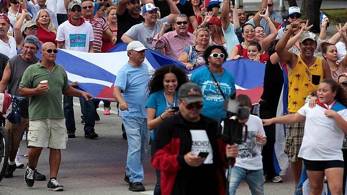 ابتهاج لدى الكوبيين المقيمن في فلوريدا بعد وفاة كاسترو