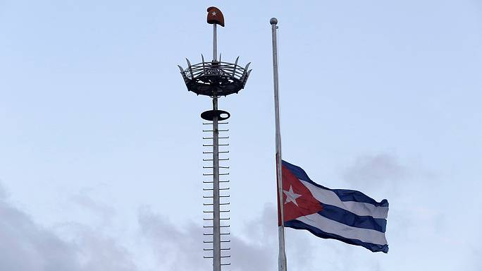 Students grieve death of former Havana University alumnus Castro