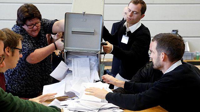 54% der Schweizer stimmen gegen Atomausstieg
