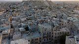 Des milliers de Syriens fuient les combats qui font rage à Alep, au péril de leur vie