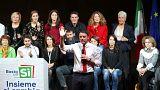Renzi procura apoios para reforma enquanto milhares se manifestam contra