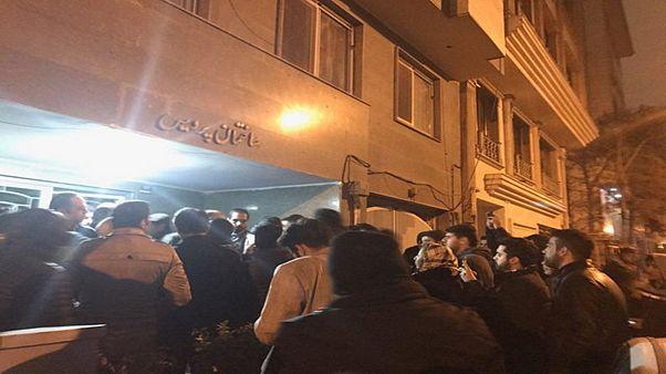 تلاش برای بازداشت شبانه محمود صادقی نماینده مردم تهران