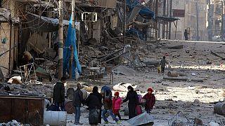 Тысячи жителей покинули восточные районы Алеппо при наступлении армии