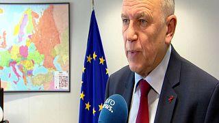 Breves de Bruxelas: desperdício alimentar e dívida grega
