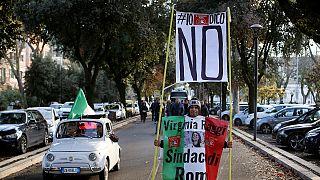 """Itália: Oposição apela ao voto """"Não"""" no referendo de domingo"""