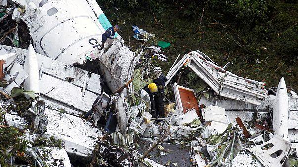 واحد وسبعون قتيلا و6 ناجين في تحطم طائرة في كولومبيا بينهم فريق برازيلي لكرة القدم