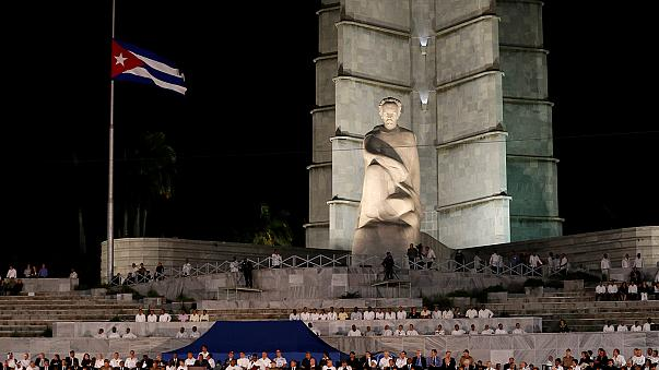 Cubans turn out in their thousands for Castro commemoration