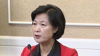 Güney Kore muhalefeti Park'ın azli için düğmeye bastı