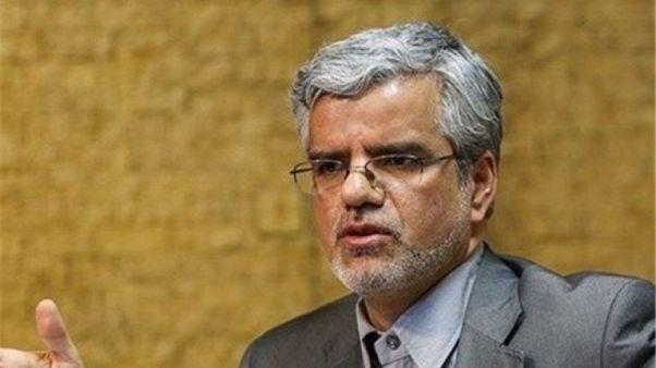 اتهامهای محمود صادقی چیست؟