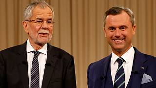 Van der Bellen and Hofer neck and neck ahead of Austrian run off vote