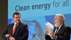 """Bruxelas apresenta plano de promoção das """"energias limpas"""""""