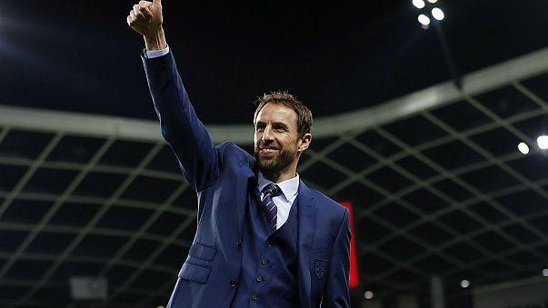 Gareth Southgate mantém-se à frente da seleção inglesa