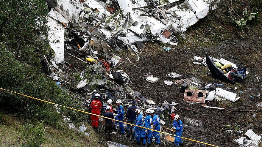 """El piloto del avión del Chapecoense alertó de que estaba """"sin combustible"""""""