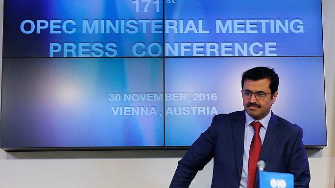 Megszületett a megállapodás, az OPEC csökkenti a kőolaj-kitermelést