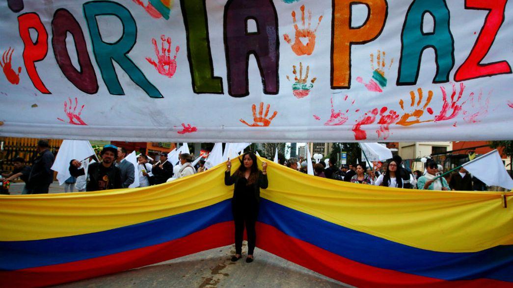 Kolombiya'da FARC'la barışa Kongre'den onay