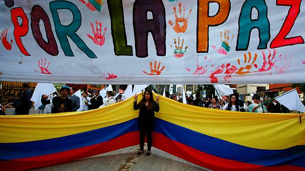 Colombian Congress approves FARC peace deal