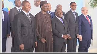 Central Africa leaders discuss security in Libreville