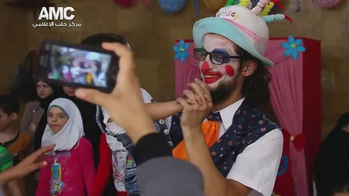 Clown of Aleppo 'killed in Syrian or Russian air strike'