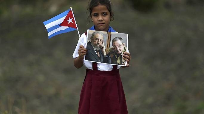 Kübalılar Castro'ya son görevlerini yerine getiriyor