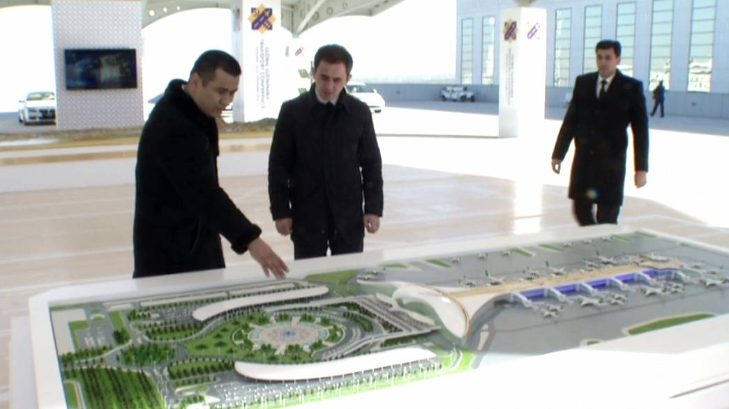 Έκκληση του ΟΗΕ για βιώσιμες μεταφορές στην Παγκόσμια Διάσκεψη στο Τουρκμενιστάν