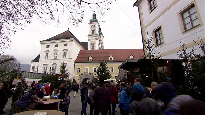 Austria's economy looks confident despite political division