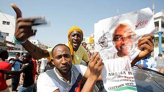 هزيمة مفاجئة لرئيس غامبيا في الانتخابات بعد تعهده بالبقاء في السلطة لمليار عام