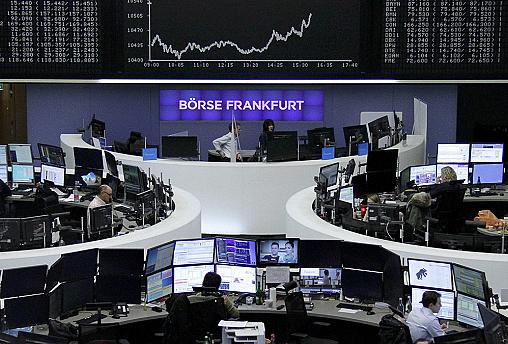 """Börsen: """"Renzirendum"""" wirft Schatten voraus"""