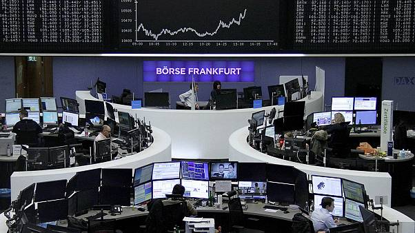 هبوط الأسهم الأوروبية بسبب مخاوف الانتخابات في إيطاليا