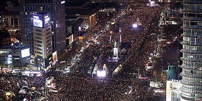 سيول: مظاهرة ضخمة للمطالبة بتنحي الرئيس بارك غوين-هي