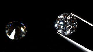 Les diamants illégaux de la Centrafrique transitent par le Cameroun