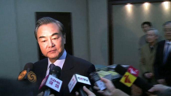 Kína panaszt tett Trump és a tajvani elnök telefonhívása miatt