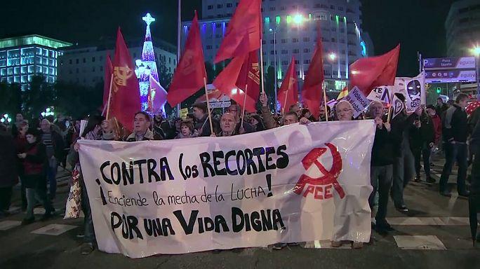 Kormányellenes tüntetés Spanyolországban
