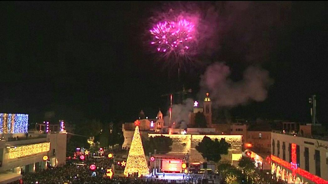 Já se acenderam as luzes da árvore de Natal de Belém