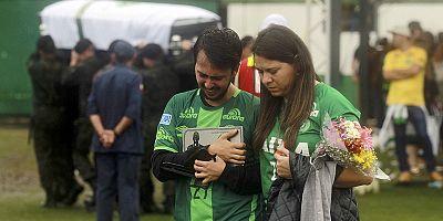 البرازيل: تأبين الرياضيين ضحايا حادث تحطم الطائرة البوليفية