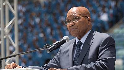 Zuma invites foreign investors as South Africa avoids 'junk status' rating