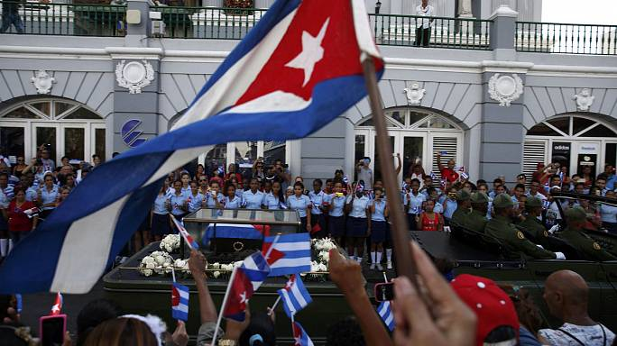 Santiago de Cubában nyugszanak Castro hamvai