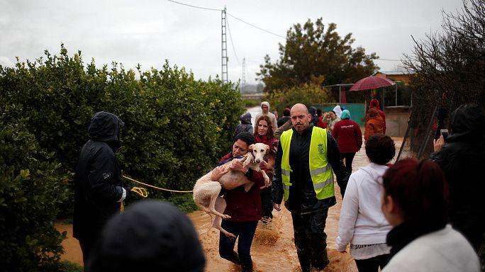 İspanya'da su baskınları can aldı