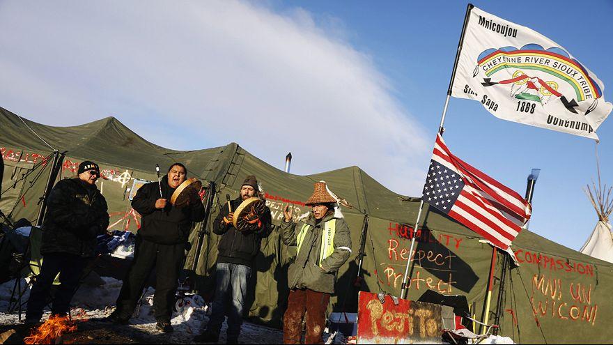 Las protestas de los indios sioux consiguen suspender las obras del oleoducto de Dakota