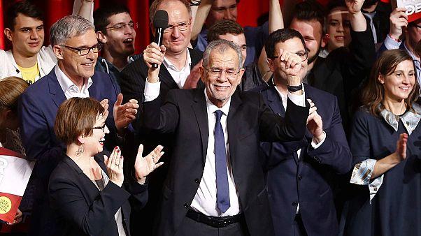 UE felicita vitória de ecologista na Áustria