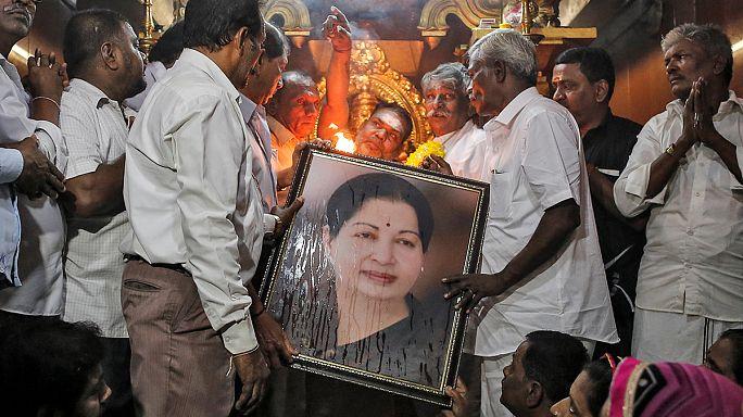 وفاة زعيمة ولاية تاميل نادو الهندية