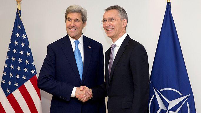 Kerry se despide de sus homólogos en la OTAN